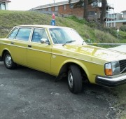 Volvo 244DL